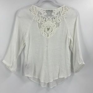BCX Crinkle Lace Back Peasant Top Popover